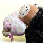 桜の香りのする大きなふんわり枕でグッスリ安眠!「桜おやすみ羊ビッグ抱きまくら」